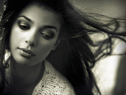 Do a portrait photo-shoot and give you 20 professional retouched pictures