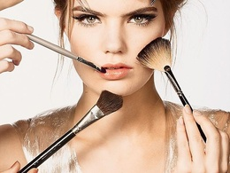Write about beauty and make-up up to 500 words