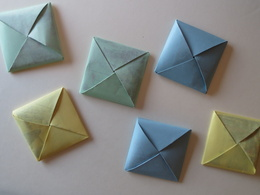 Design a personalized ''origami'' gift card