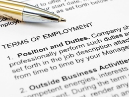 Provide a bespoke employment contract