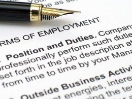 Draft a bespoke contract of employment template for use by your business