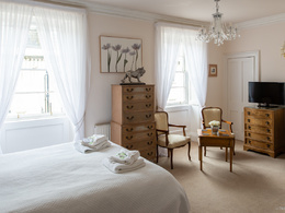 Take photographs of your 1 or 2 bedrooms property