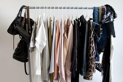 Write 50 fashion womenswear product descriptions upto 75 words