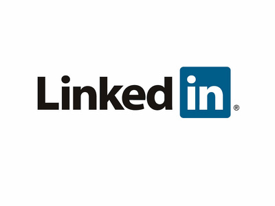 Extract data from LinkedIn comments like emails