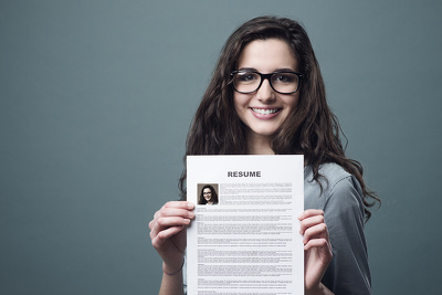 Recruiter who can rewrite your CV to get the interview