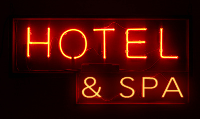 Provide you with a dataset of 8000 UK hotels