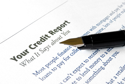 Write a professional credit analysis report based on financial data provided