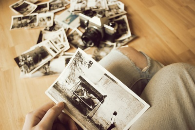 Create a video of memories and emotions and gift them to your love ones