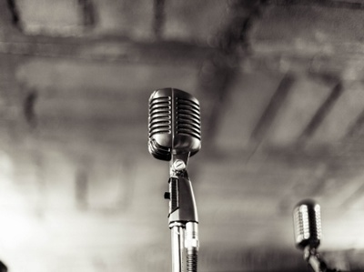 Offer a truly professional female voice over with excellent post production extras