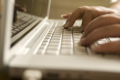 Provide a ten page transcript speedily (audio/copy typing at 111 w.p.m.) for only £40