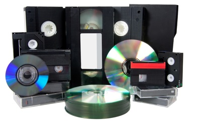 Convert your old tapes VHS and Hi8/Video 8 into a DVD/Blu-ray or a digital file.