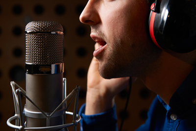 Record a Professional American English 5 minute voice over