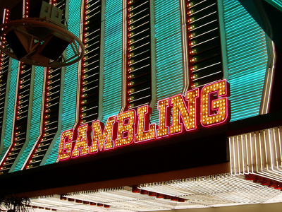 Write and publish 5 gambling articles in DA 35 websites