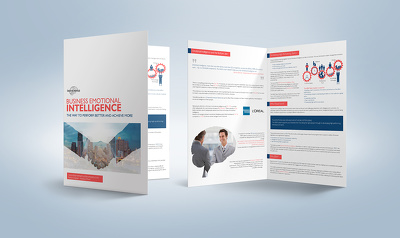 Design your professional Bi-fold brochure
