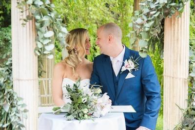 Provide professional wedding photography