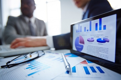 Business market research and a 500-1000 word business report
