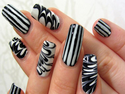 Send you 10 pictures step by step how to do nail art