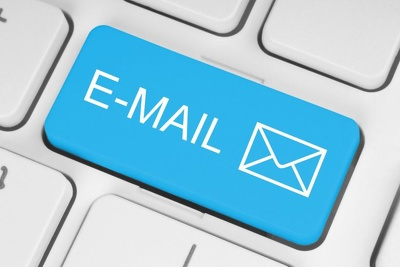 Provide 150 valid mails