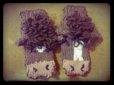Create baby wear hand knitting pattern