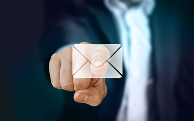 Create an effective email sequence of 5 emails