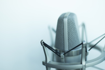 Record a professional voiceover for you in 48 hours