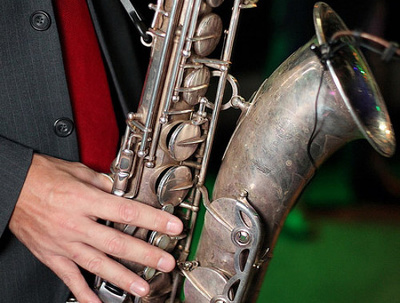 Record a great Sax part on your track in any stile