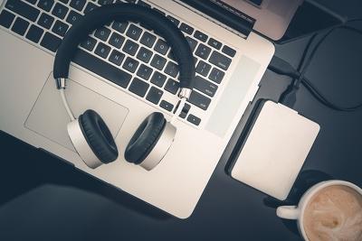 Transcribe the English audio/video files upto 40 mins