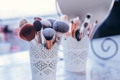 Publish a Guest Post on BeautyGlitch - Beautyglitch.com DA67PA42