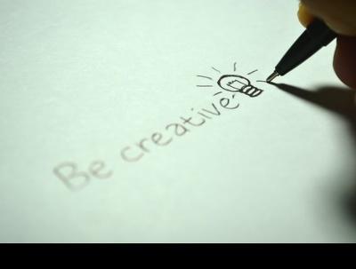 Write a script of 500-1000