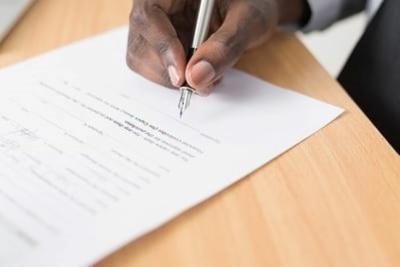 Write a freelance agreement