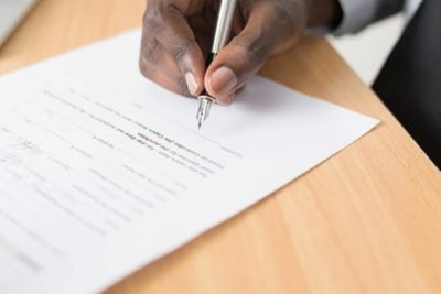 Write a contract of employment