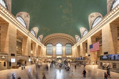 Provide travel photographs