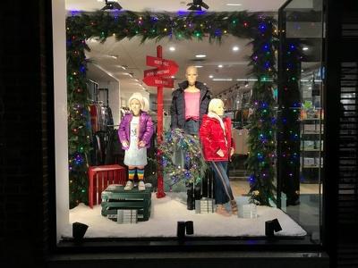 Design and install Christmas window display