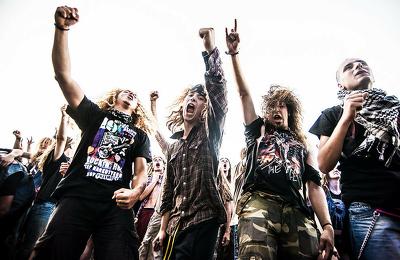 Feature you on Metal Sucks Music Magazine DA80