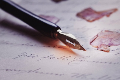 Write 5 product descriptions