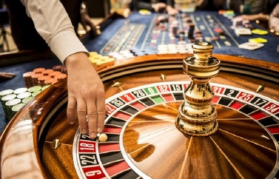 Write an online casino or online game review article