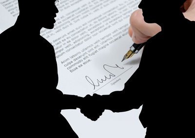 Write a Shareholders' Agreement for the owners of a UK company