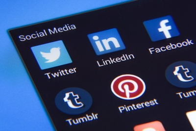 Find suitable IG Twitter FB Youtube influencers for you