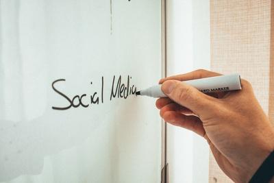 Setup and optimize social media platforms for your bussiness.