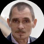 Yuriy R.