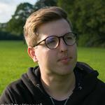 Wiktor's avatar