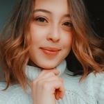 Alicia's avatar