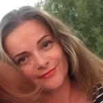 Crina P.'s avatar