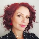 Isadora's avatar