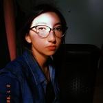 Mikaela's avatar